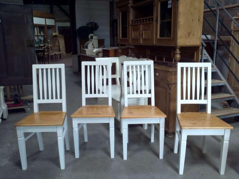 Stühle Im Landhausstil Gefasst