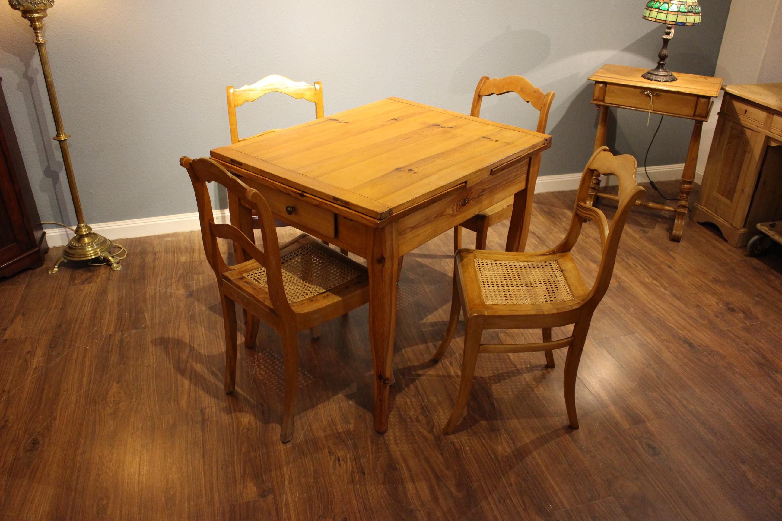 4 Stühle Biedermeier Birke  (Art.-Nr.: 03476)