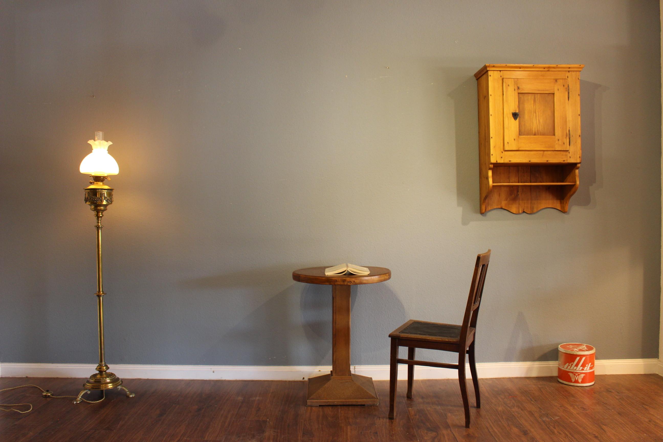 Runder Tisch 1950er Jahre (Art.-Nr.: 03176)