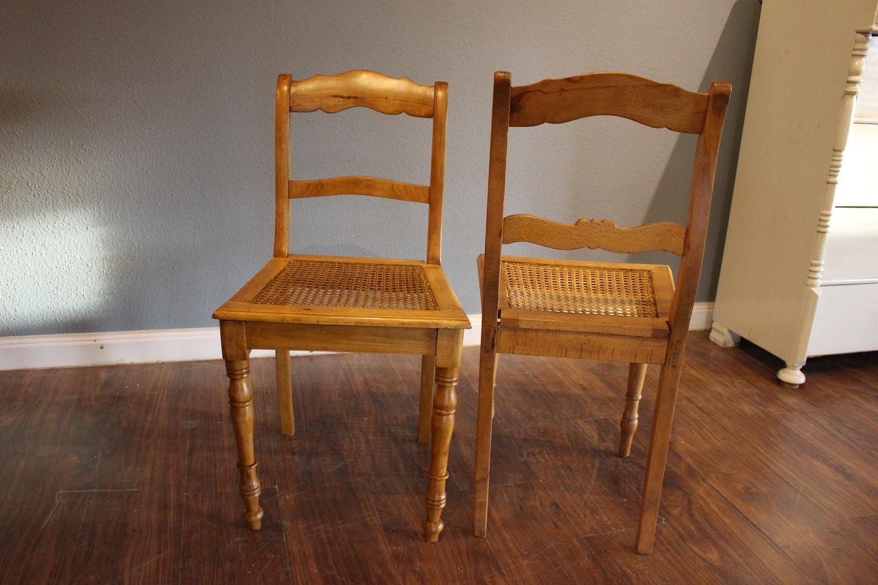 antike Stühle mit Wiener Geflecht (Art.-Nr.: 03205)