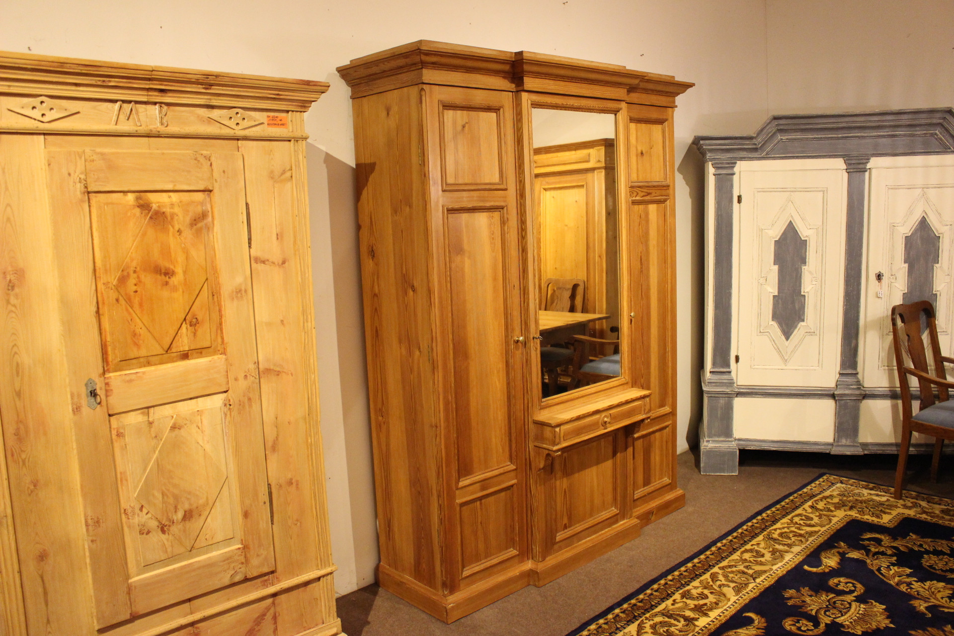 Alter Gründerzeit Garderobenschrank (Art.-Nr. 03482)