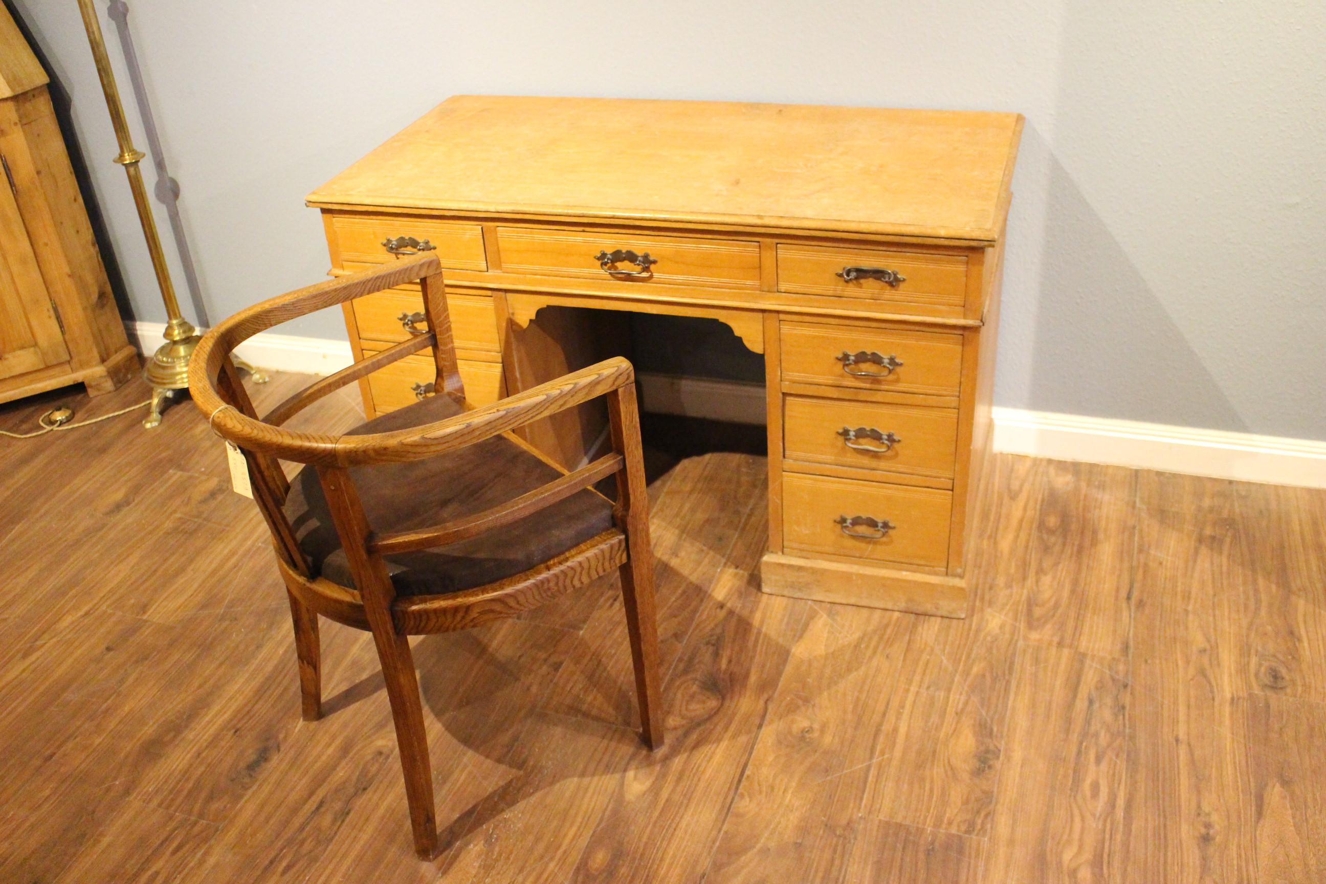 Alter Büro-Schreibtisch Kontor-Schreibtisch Jugendstil (Art.-Nr.: 03564)