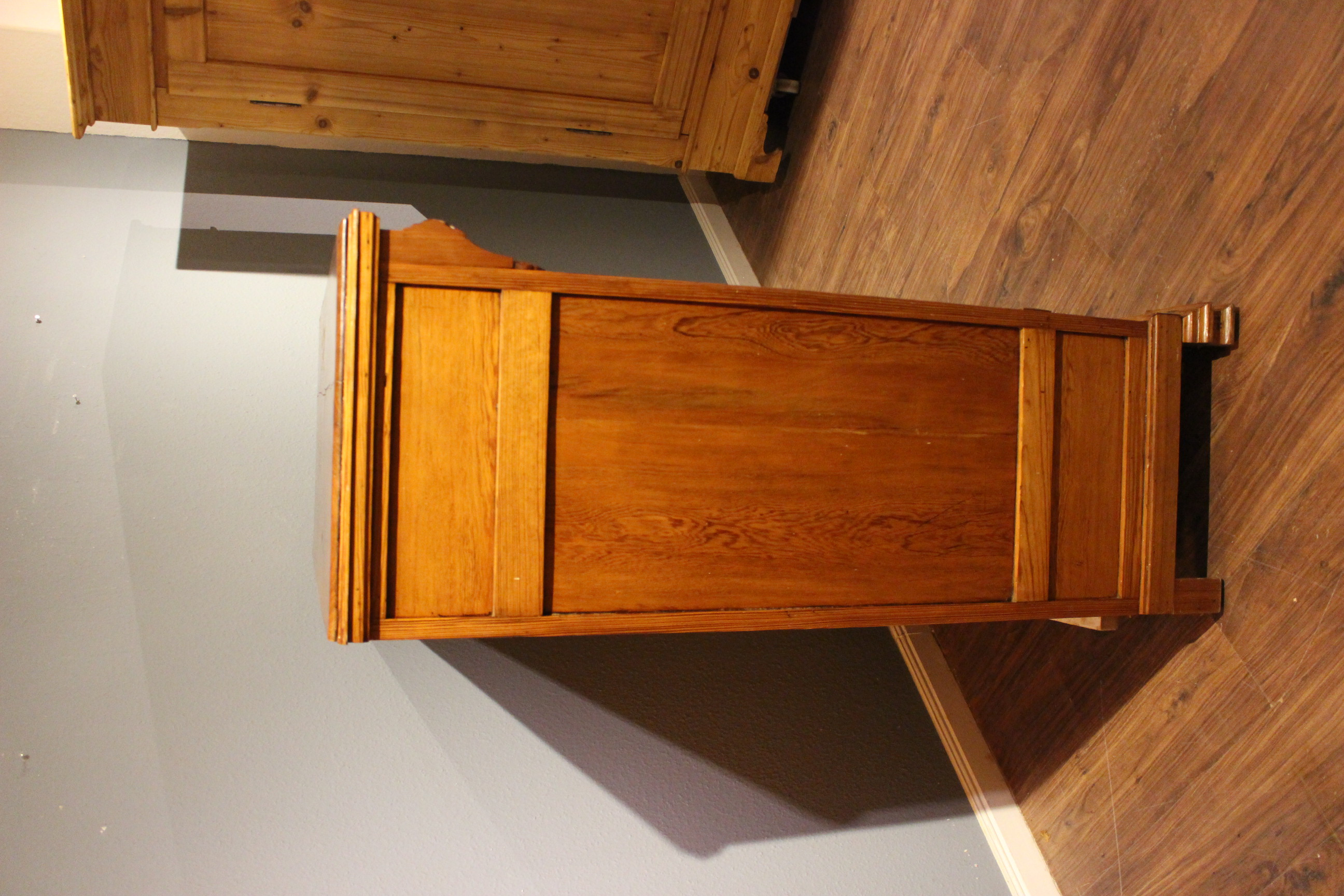 Jugendstil Vertiko, Highboard, Kiefer  (Art.-Nr. 03580)