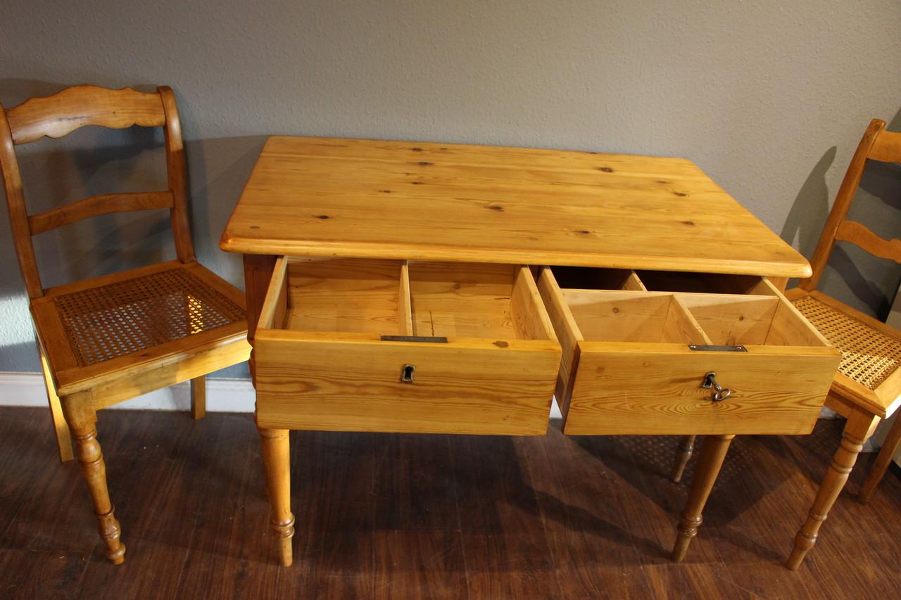 Tisch Schreibtisch Küchentisch Kiefer antik (Art.-Nr. 03169)
