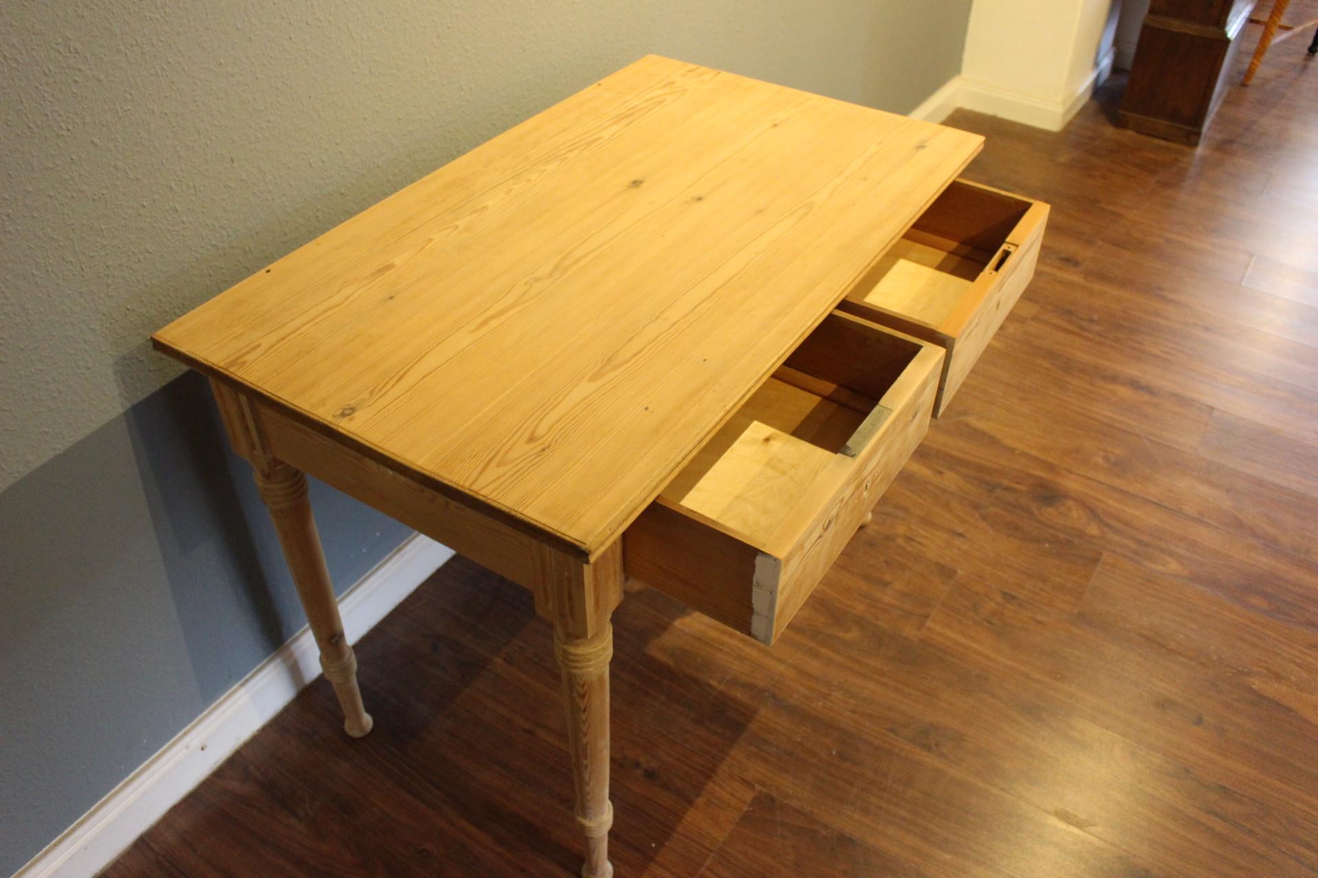 Kleiner Jugendstil Tisch, Schreibtisch (Art.-Nr. 03447)