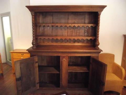 Kannenstock Buffet, um 1760, Eiche, restauriert (Art.-Nr. 01953)