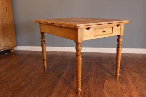 Gründerzeit Tisch, ausziehbar, mit Schublade (Art.-Nr.: 02451)