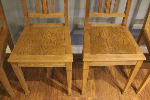 Jugendstil Stühle eingetroffen (Art.-Nr. 02739)