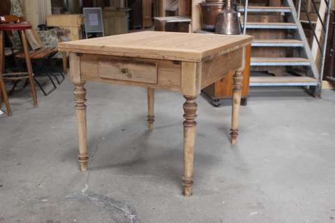 Tisch Küchentisch Gründerzeit ausziehbar (Art.-Nr.: 03008)