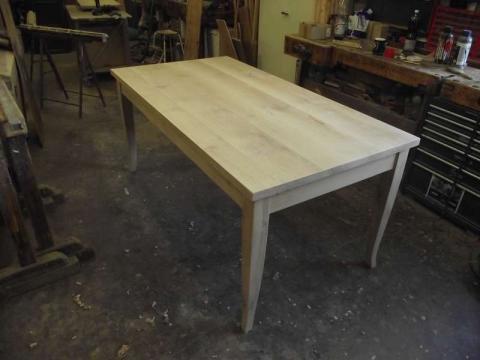 Dokumentation Tisch angefertigt Holz Eiche (Art.-Nr.: 02965)