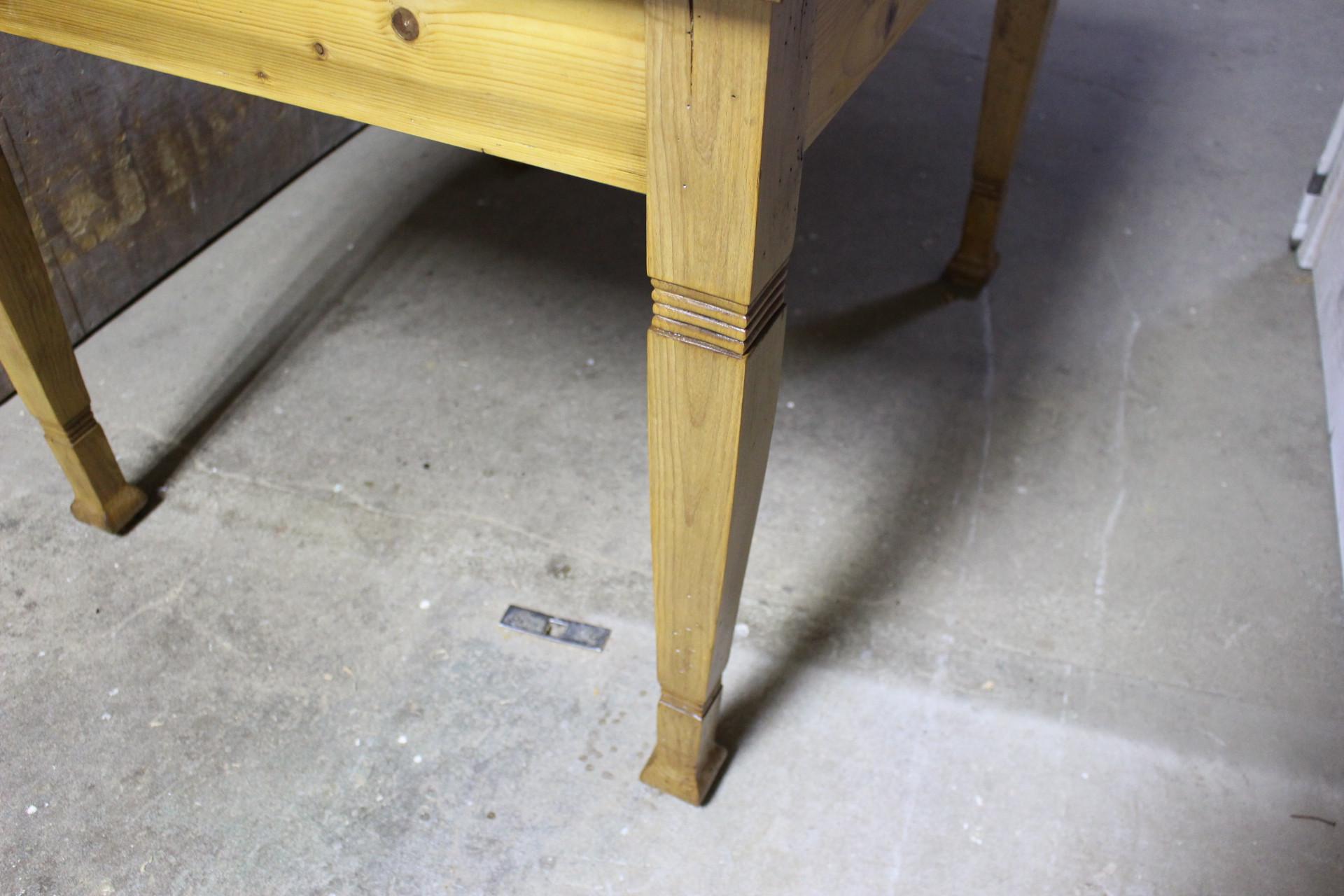 Tisch Schreibtisch Küchentisch Kiefer antik