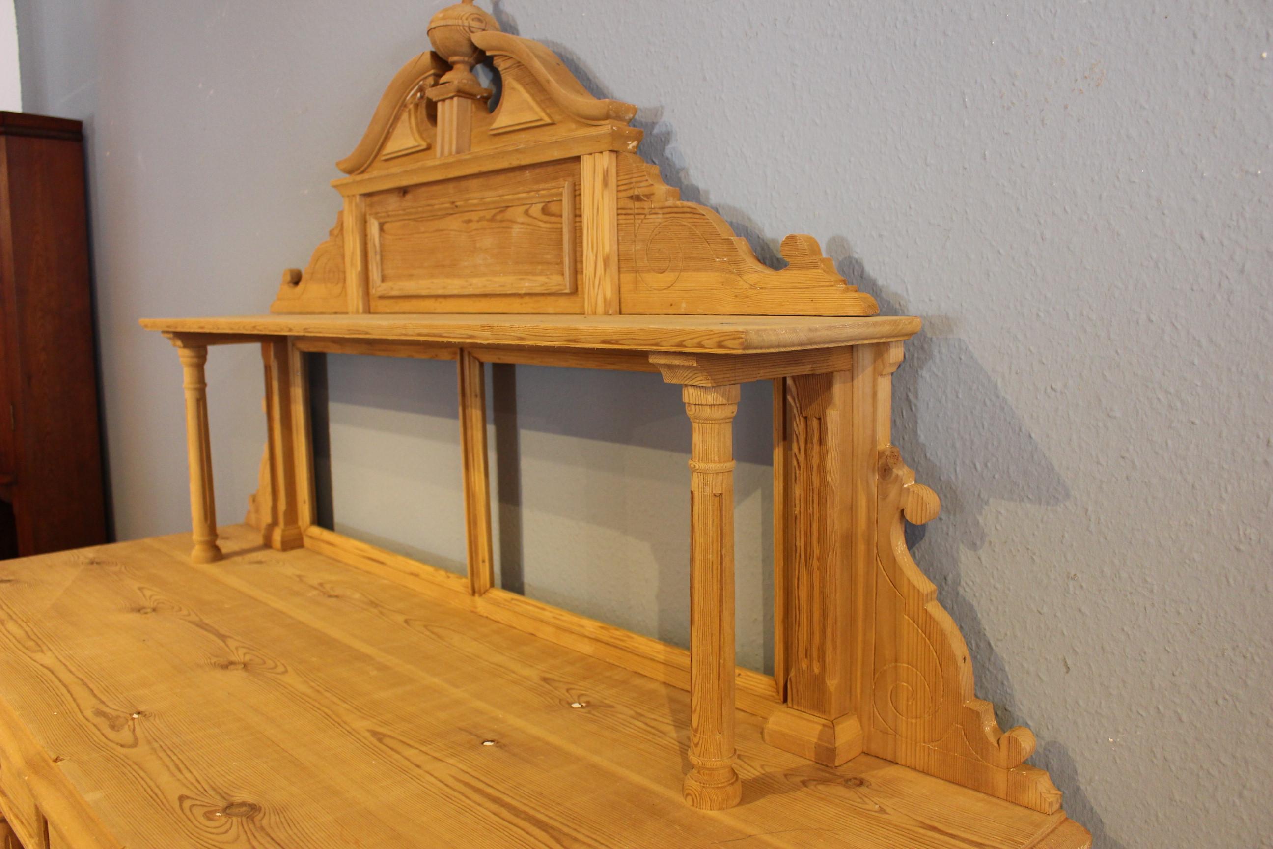 großes Vertiko, Anrichte Kiefer antik viertürig Schweden (Art.-Nr. 03606)